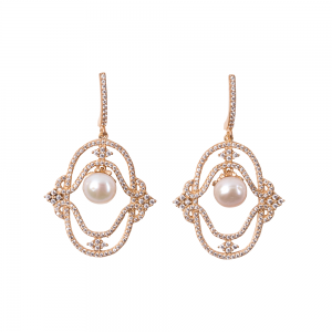 MAJESTIC PEARL EARRINGS GOLD VERMEIL